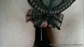 Amazing Wet Pussy and Strong Pussy Snapping Orgasms