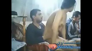 Arab amateur threesome