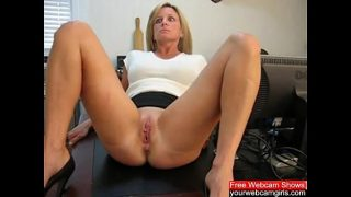 Pussy Whipping: Free Amateur Porn Video f0 – yo…